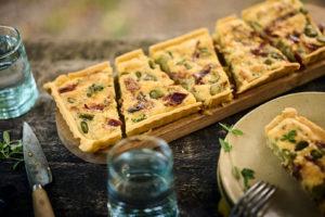 Tarte fèves & jambon cru